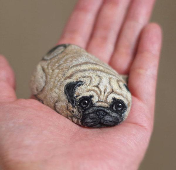 pierres transformées en animaux miniatures